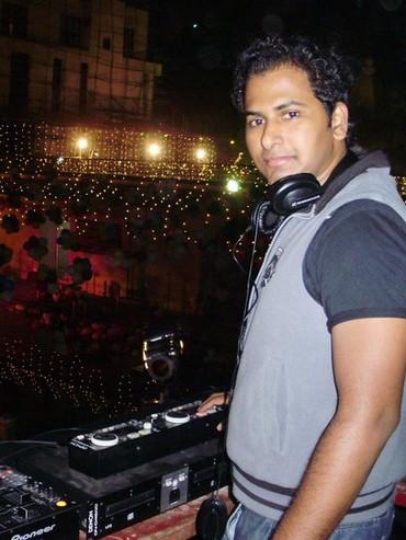 DJ Reverb aka Nikhil Khedekar