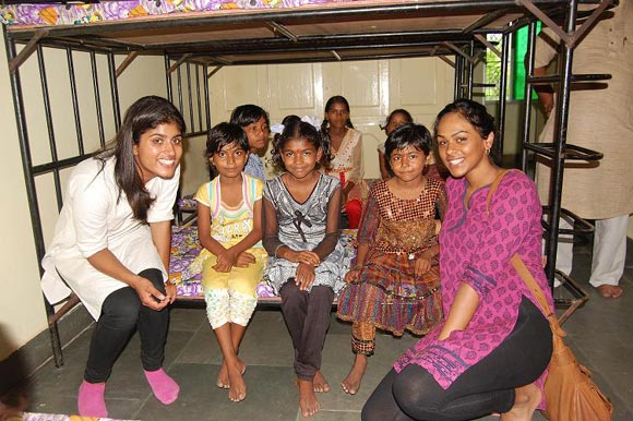 Deeya with children from the orphange in Haridwar