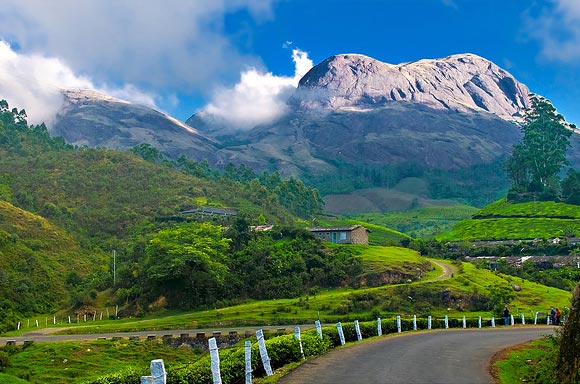Munnar in Kerala is situated at the confluence of three mountain streams - Mudrapuzha, Nallathanni and Kundala.