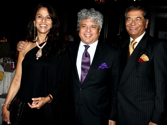 Shobhaa De and Dilip De are among the many influential people who count Suhel Seth (centre) as their friend.
