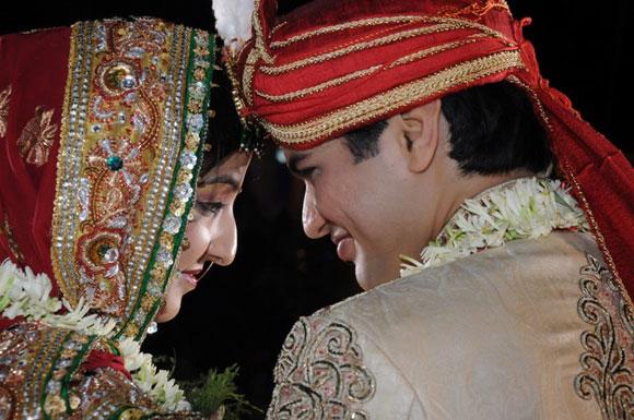 Band baaja baaraat: Readers' wedding pics!