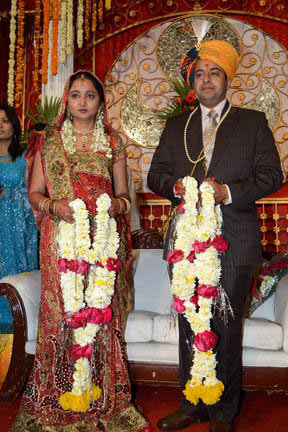 Prof Abhishek Tiwari and his wife Saarika