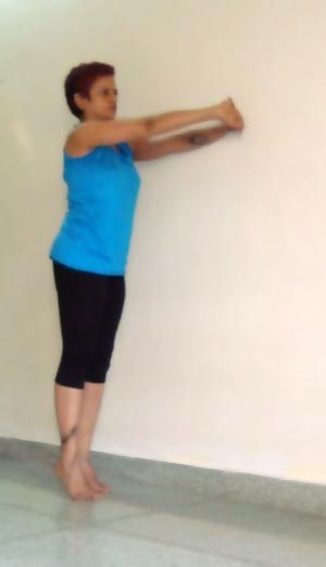 Tadasana (Palmtree pose, modified)
