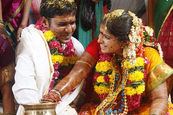 CHECK OUT: Most memorable wedding pictures!