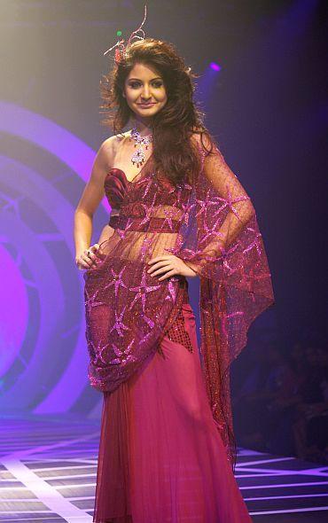 A Rina Dhaka sari
