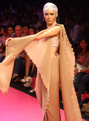 A Wendell Rodricks sari