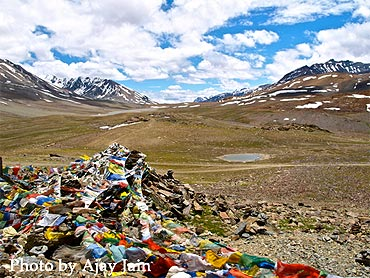 The Baralach La is located on the Manali Leh highway.