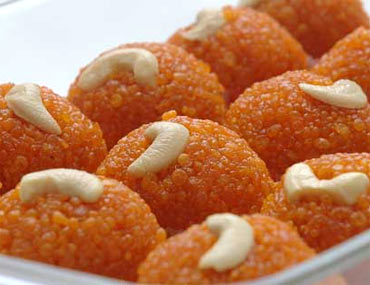 Churme ke Laddoo