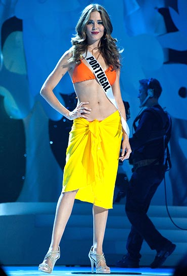 Miss Portugal Laura Goncalves