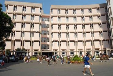 Smt Sulochandevi Singhania School, Mumbai
