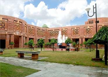 IIM-Lucknow