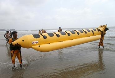 Banana boat at Kashid