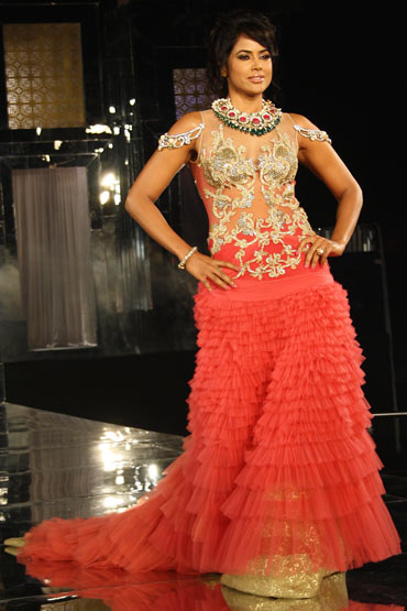 Sameera Reddy for Falguni and Shane Peacock