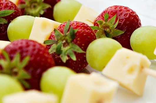 Cheese with fresh fruit