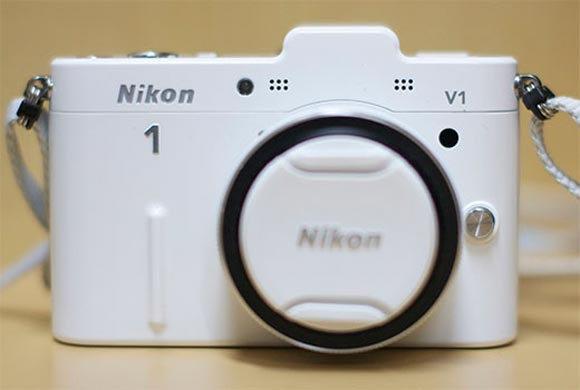 Review: Should you buy Nikon 1 V1?