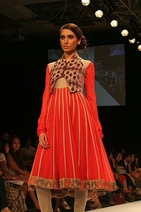 A Nandita and Anuradha Thirani creation
