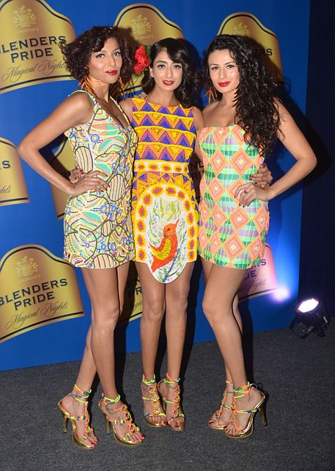 Models Diandra, Binal and Pia Trivedi