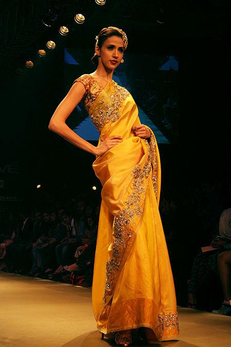 Alesia Raut for Pallavi Jaikishan