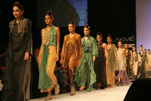 Roma Narsinghani creations