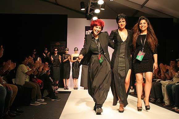 Sapna Bhavnani, Mandira Bedi and Sukriti Grover