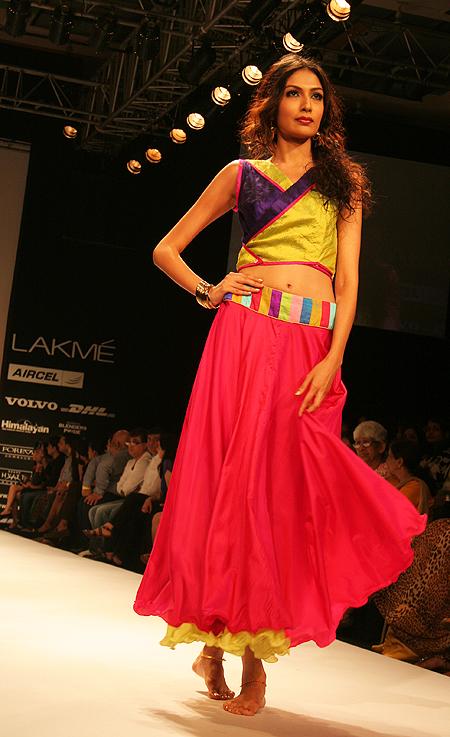Sanea Shaikh for  Mayank Anand and Shraddha Nigam