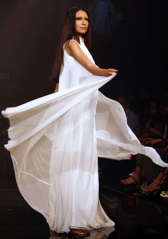 Sanea Shaikh for Swapnil Shinde