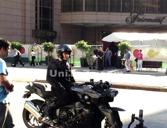 Aamir Khan on the sets of Dhoom 3