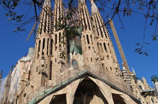Church of the Sacred Family (Templo Expiatorio de la Sagrada Familia), Barcelona