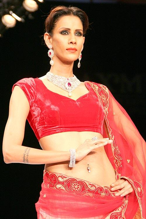 Kavita Kharayat for Laxmi Jewellery