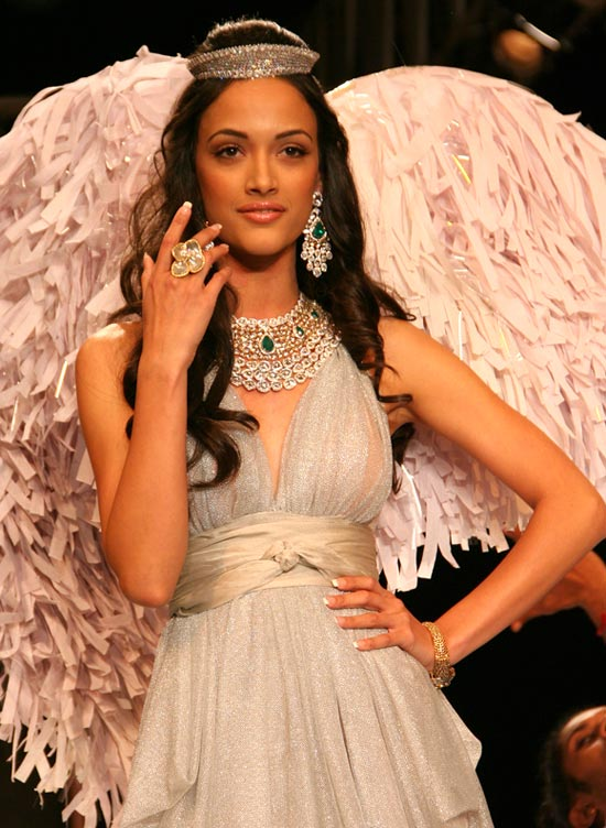 Angela Jonsson for Gehna Jewellers