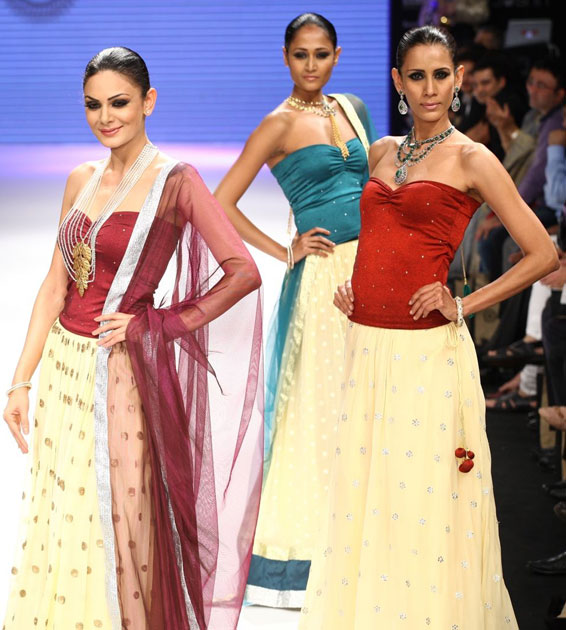 (L-R) Anchal Kumar, Surelee Joseph and Kavita Kharayat for GIA