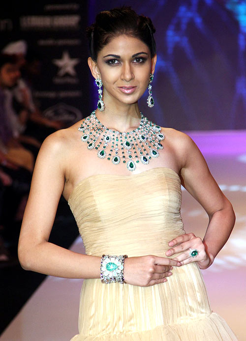 Reha Sukheja for Saboo Fine Jewels