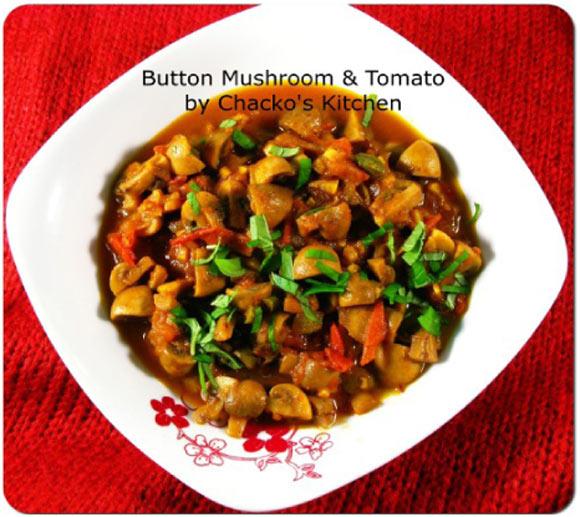 Button Mushrooms in Tomato Gravy
