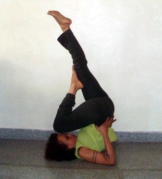 Sarvangasana (shoulderstand, simple version)