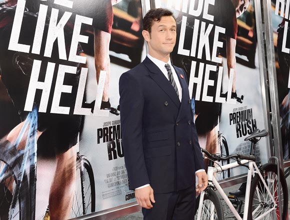 Joseph Gordon-Levitt 'slaying it' at the premiere of Premium Rush