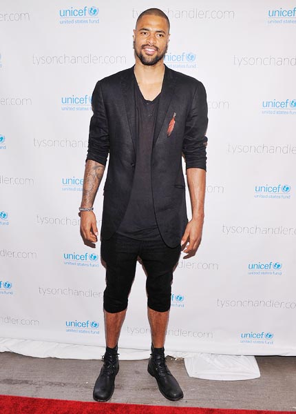 Tyson Chandler shows off his edgy side at the 'A Year In A New York Minute' photo exhibition at Canoe Studios in New York City