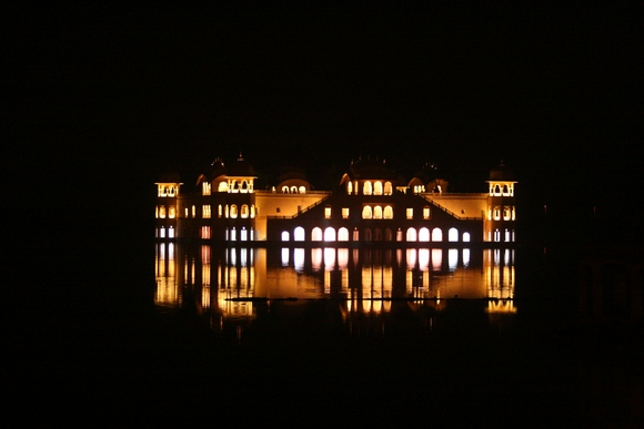 DON'T MISS: An evening at Jal Mahal