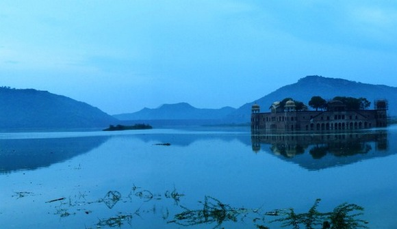 Jal Mahal takes you into a different world altogether