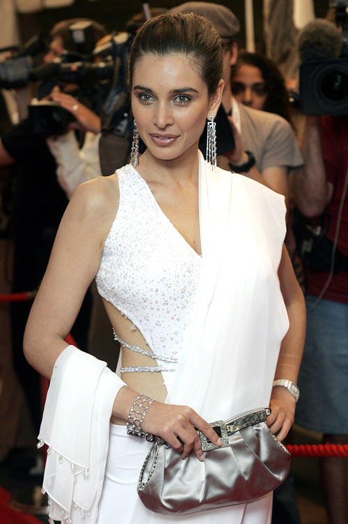 Arian women like Lisa Ray love sparkle and shine