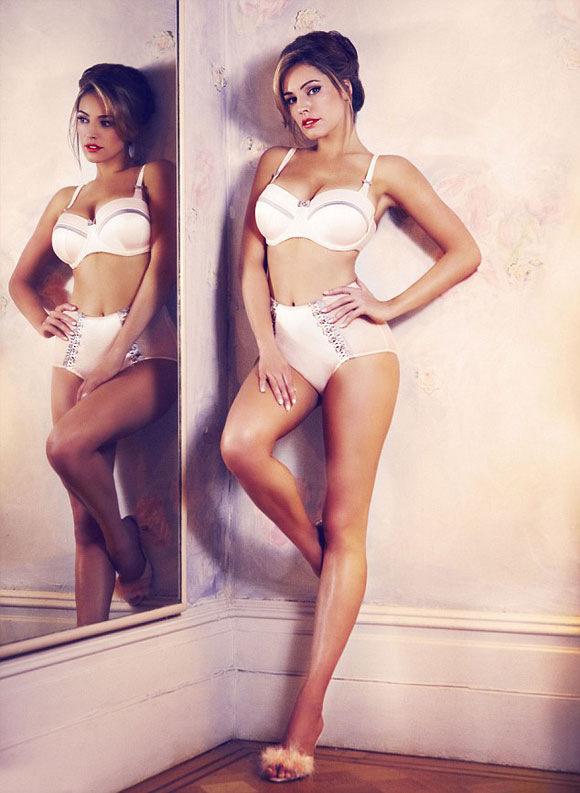 Kelly Brook for New Look