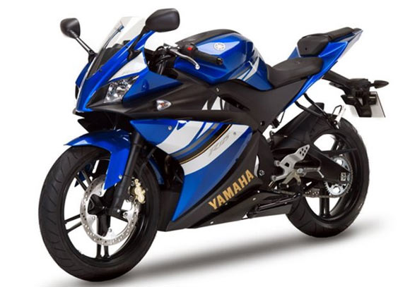 Honda Vs Yamaha Battle Of The Samurais In India