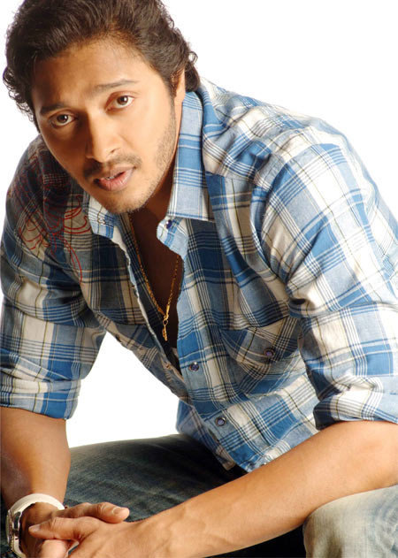 Shreyas Talpade gets 6-pack abs like Sallu, SRK
