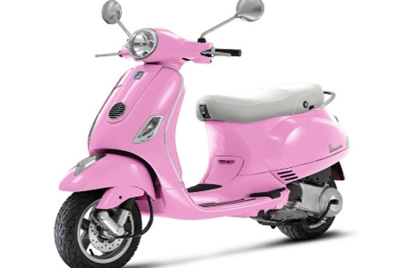 In Pics Roman Holiday S Vespa Comes To India Rediff Getahead