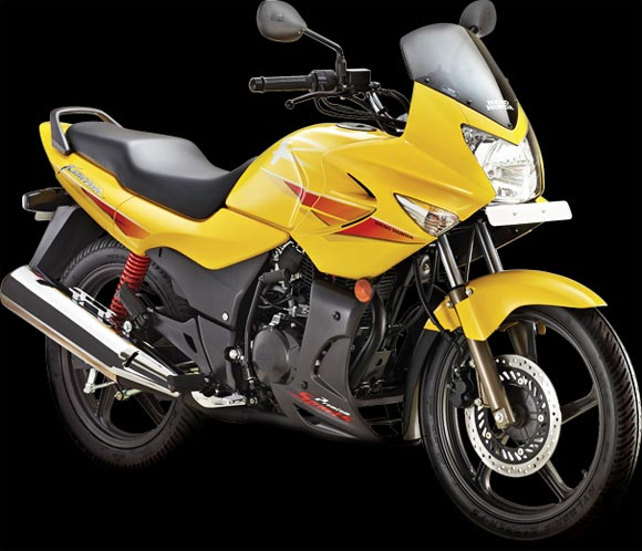Hero MotoCorp to launch superbikes, ties up with EBR