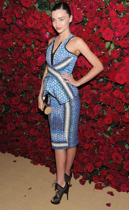 Model Miranda Kerr makes a peplum statement in this lovely printed ensemble