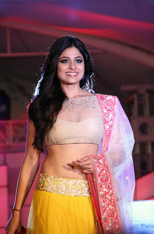 Shamita Shetty for Manish Malhotra