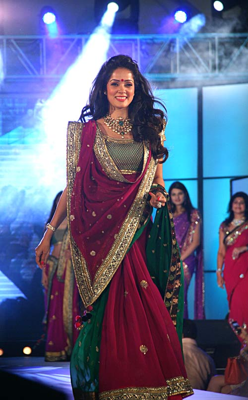 Vidya Malvade for Shaina NC
