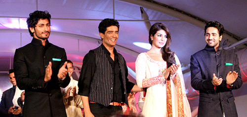 (L-R) Vidyut Jamwal, Manish Malhotra, Priyanka Chopra and Ayushmann Khurrana