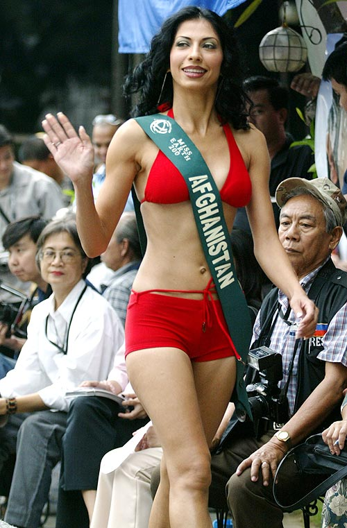 Vida Samadzai in her controversial red bikini at the Miss Earth contest in Manila October 23, 2003