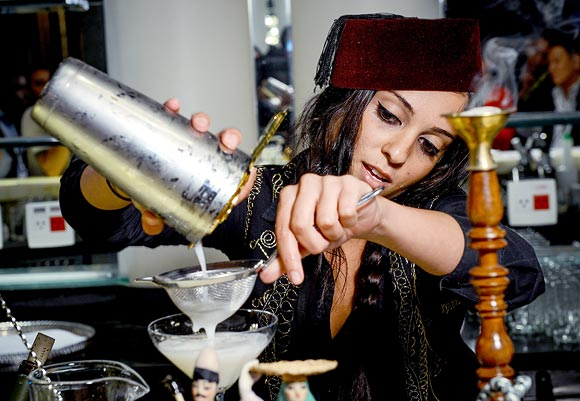 Latest News from India - Get Ahead - Careers, Health and Fitness, Personal Finance Headlines - Not just bartenders: Meet the bar chefs who are making drinks yummy